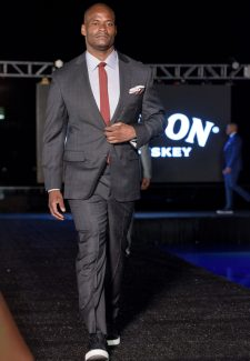 SuitsandSneakersShow04